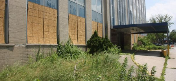 Set For Auction, Parkway Hospital Could Become Senior Housing – Officials