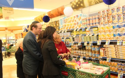Stop & Shop Donates Kosher Food for Passover