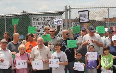 Park Advocates Keep Pressure on City