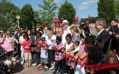 City Cuts Ribbon on New Park in Elmhurst