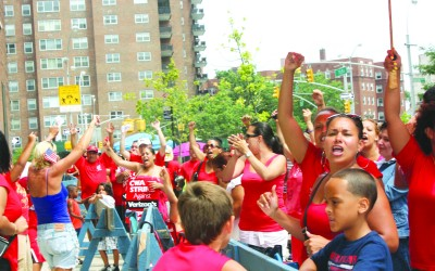 Verizon Strikers Take to Queens Streets