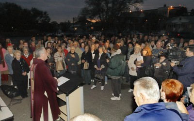 Hundreds Pray for Sheehan's Release