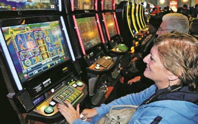 Thousands Flock to Racino Grand Opening