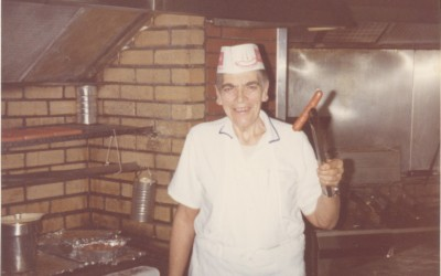 Days Gone By: Employees Recall Famous Local Eatery Big Bow Wow