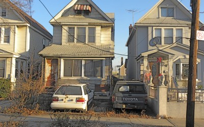 Middle Village Eyesore Home Might Get Padlocked