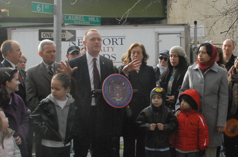 Parents Still Clamoring for DOE Attention at Intersection