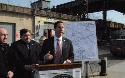 After Aqueduct Plan Dies, Fight Continues for Nearby Rail Line