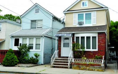 Lawsuit Accuses Neighbors of Sabotaging House Sale