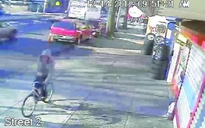 COPS HUNT BRAZEN BIKE THIEF