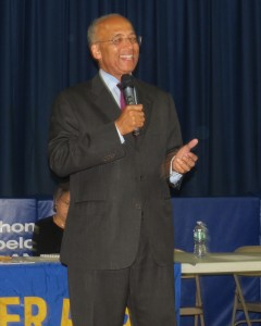 Mayoral candidate Bill Thompson's speech at the Juniper Park Civic Association last week spanned the gamut of issues, from term limits to education. Anna Gustafson/The Forum Newsgroup