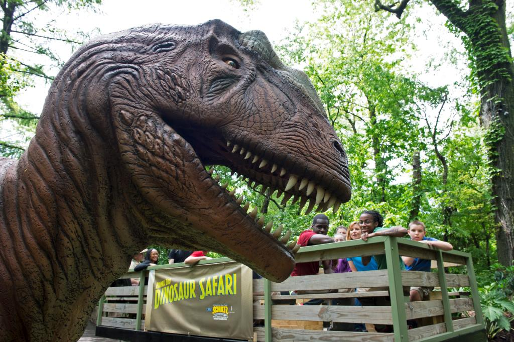 From Roaring Dinosaurs To Tiny Deer, The Bronx And Queens Zoos ...