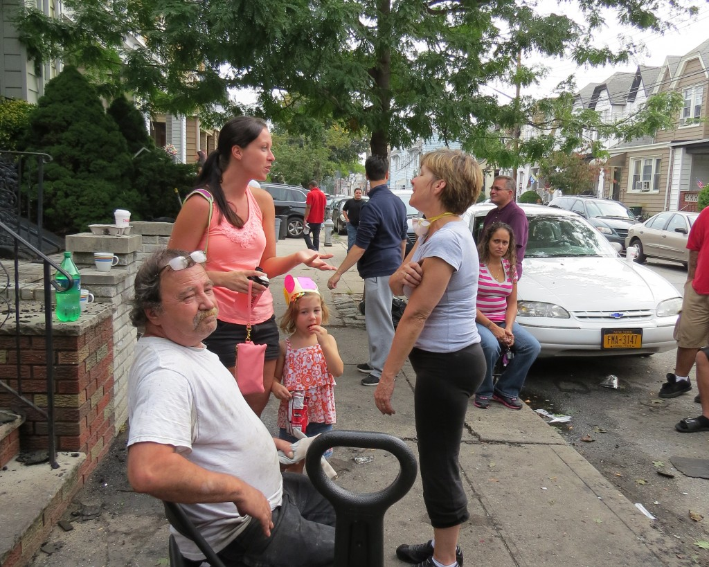 Linda Rabich took time to chat with the mom of one of her first grade students who along with countless others, stopped by to offer whatever help was needed. Patricia Adams/The Forum Newsgroup