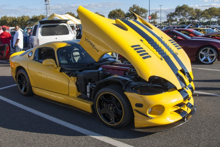 Resorts World Car Show Draws Thousands of Auto Enthusiasts