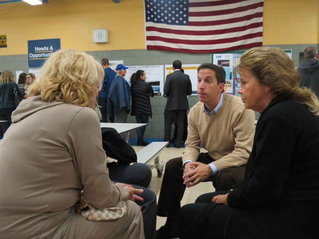 Assemblyman Goldfeder speaks with a number of Howard Beach residents at a recent meeting of the Howard Beach chapter of New York Rising about a variety of concerns they have following Sandy. In addition to insurance costs, residents said they worried about access to health care during disasters.