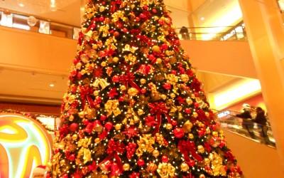 With Cheer, Carols, and, of Course, Santa, Casino Kicks off Christmas Season