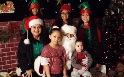 Hundreds of Children Flock to Santa in Richmond Hill