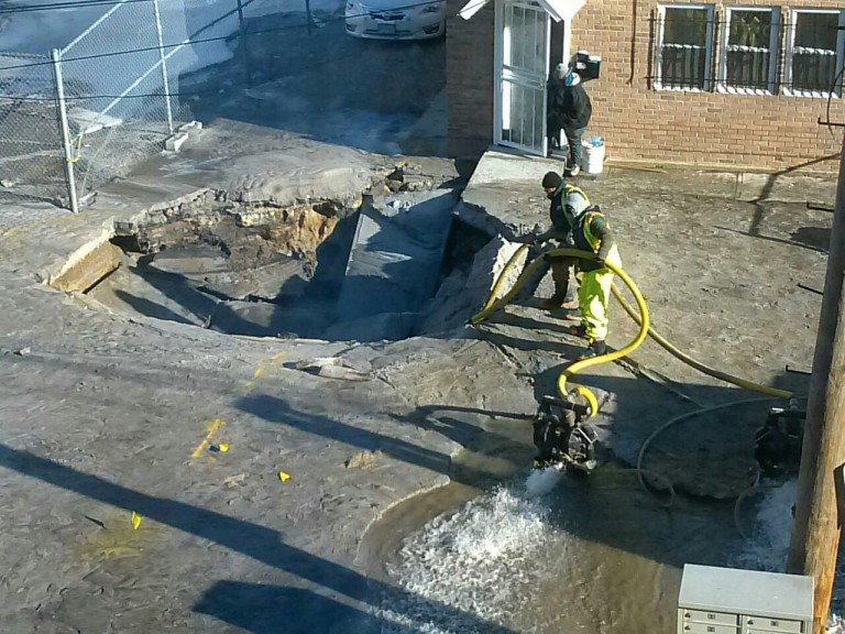 As sinkholes and flooding plague area, Queens leaders once again call on city to launch comprehensive study