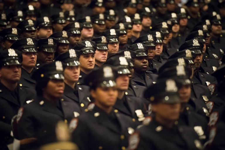 De Blasio drops stop-and-frisk appeal and vows reform in NYPD