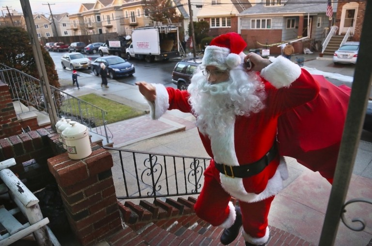 Sandy Claus Steps Up in South Queens