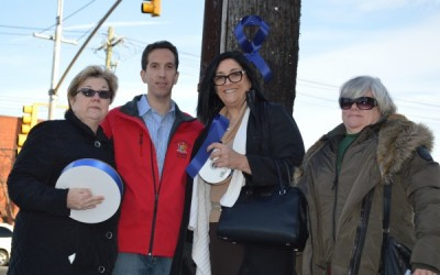 Civic, Goldfeder Post Blue Ribbons Supporting NYPD