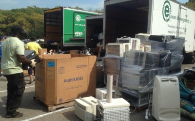 Addabbo, Miller Sponsor Recycling Day at Forest Park