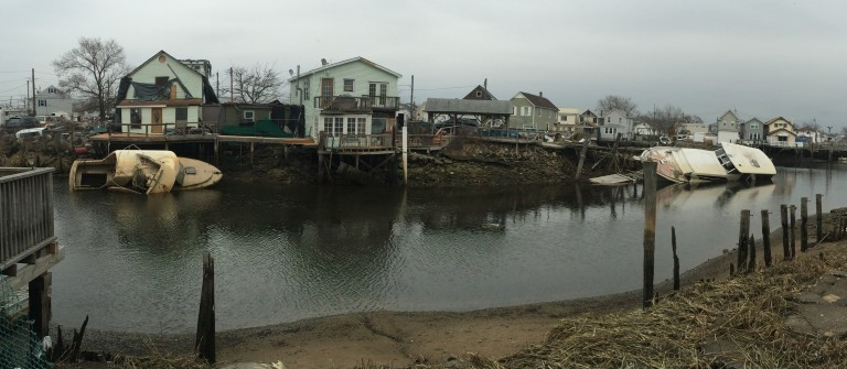 Eyesores on Canal Irk Residents