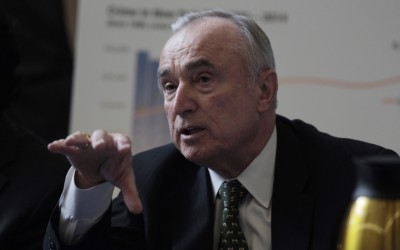 Bratton Touts Benefits of Broken Windows Policing in Report