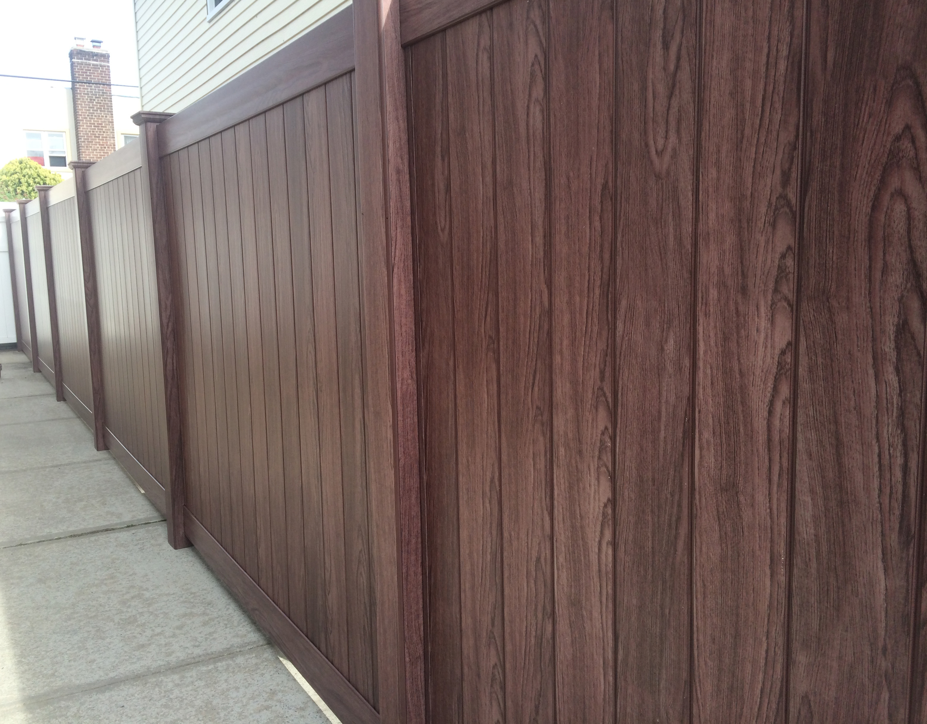 Spring home special must have renovation tips the forum newsgroup among the beautiful new color choices available in vinyl fencing is an entire series of wood baanklon Gallery