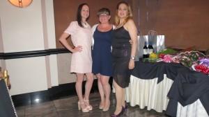 Diana Gonzalez (from l.), Kelly DeSola, and Jennifer Canale enjoyed Friday night's festivities.