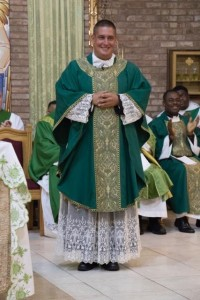 Fr. Francis Colamaria last Saturday was installed as the new pastor of St. Helen Roman Catholic Church in Howard Beach. Photo Courtesy of Nicole Balbone
