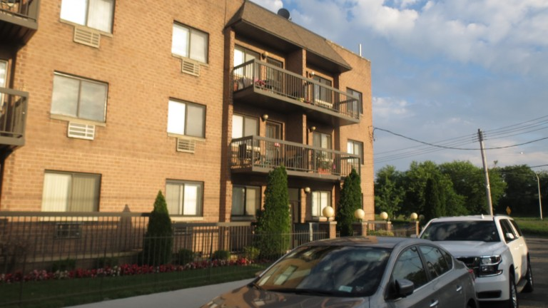 ID Theft Apartment was Leased by Woman with Shady Past