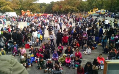 Festival-goers Ring in Fall at Forest Park