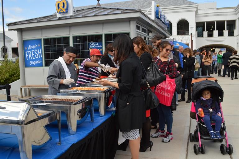 Restaurant Week Kicks Off in Glendale, 300 Attend