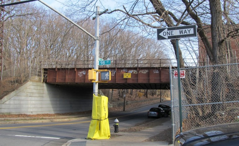 Woodhaven Civic Unveils 'Busway' Alternative to Rapid Transit Route