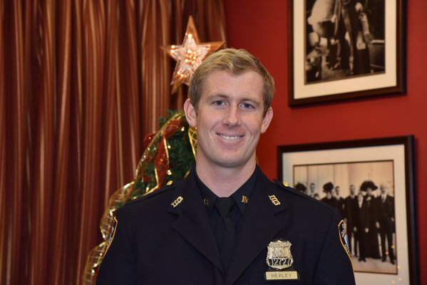 Hatchet Attack Officer Heroically Returns to Duty