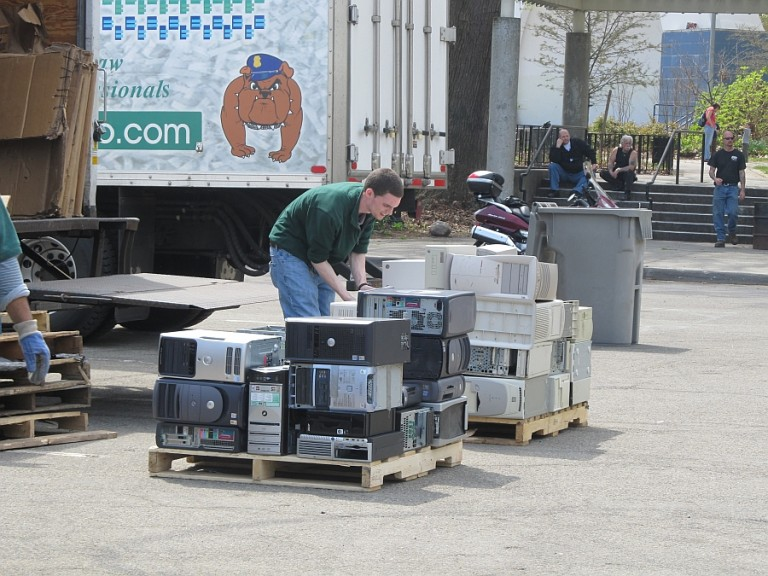 Addabbo, Miller to Host Annual Spring Recycling Fair at Forest Park