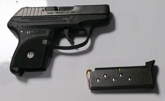 Conn. Man Arrested at LaGuardia Airport for Gun in Laptop Bag