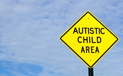 Pol Calls for Road Signs at Key Areas to Ensure Safety of Children with Autism