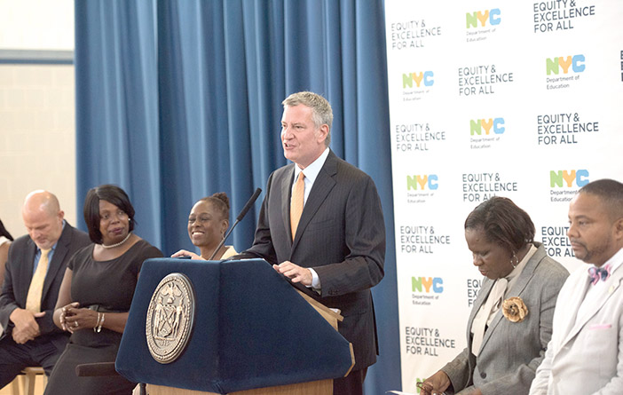 Mayor, Chancellor Kick off First Full School Year of 'Equity and Excellence for All'