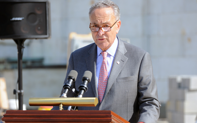 Schumer Calls on FDA  to Regulate 'Dangerous' E-Cigarettes