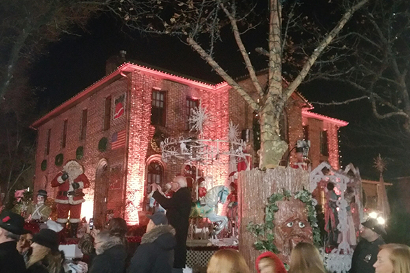 'Little North Pole'  is Early Christmas Gift for South Queens