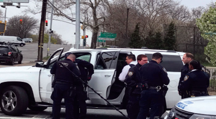 Cops Clear up False Reports of Shooting on Cross Bay Boulevard