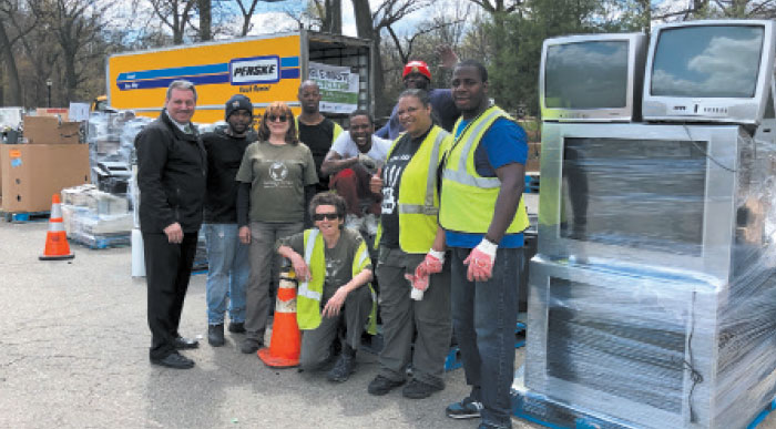 Pols Hail another Spring Recycling Event