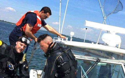 Elite NYPD Units Rescue Injured Boaters off  Jamaica Bay