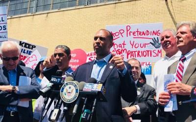 Jeffries Announces Intention to Lead  House Democratic Caucus