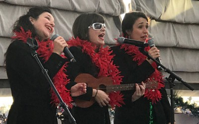 Christmas Connolly Style: Howard Beach Trio Wows Crowd
