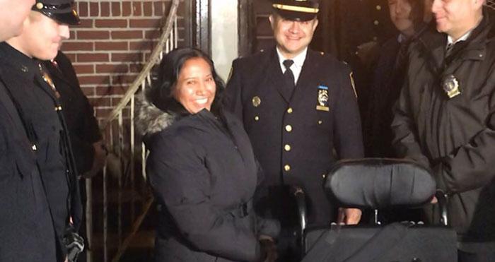 Cops Return Stolen  Wheelchair to  Jackson Heights Woman