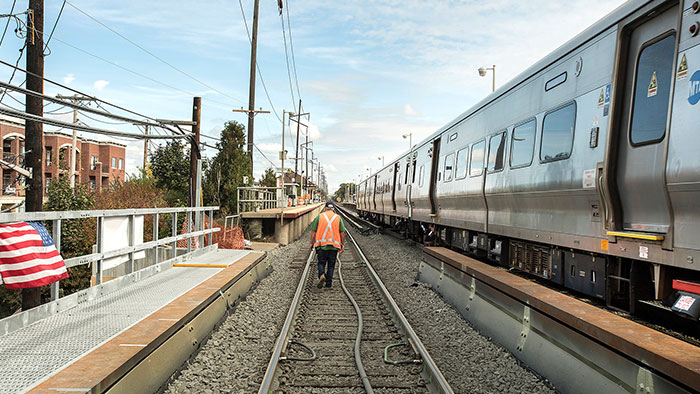 LIRR Launches Test of Real-Time Train Finder Tool