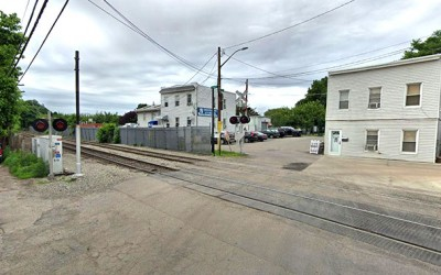 Crowley Keeps QNS Rail Plan to Reactivate  Lower Montauk Branch of LIRR Alive