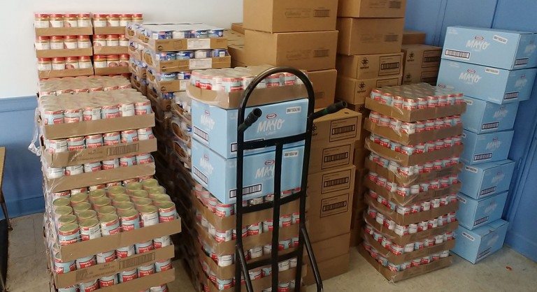 Nonprofit Urges Schools to Donate Excess Food